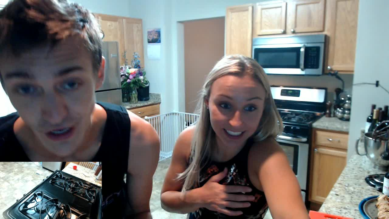 Cooking with Ninja! (Thank you for the 500 sub points!) *NEW