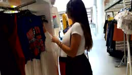 Shopping With Mia