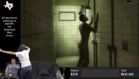mia khalifa shower
