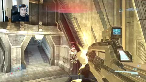 Neighbor getting his groove back in Halo Online/ MCC