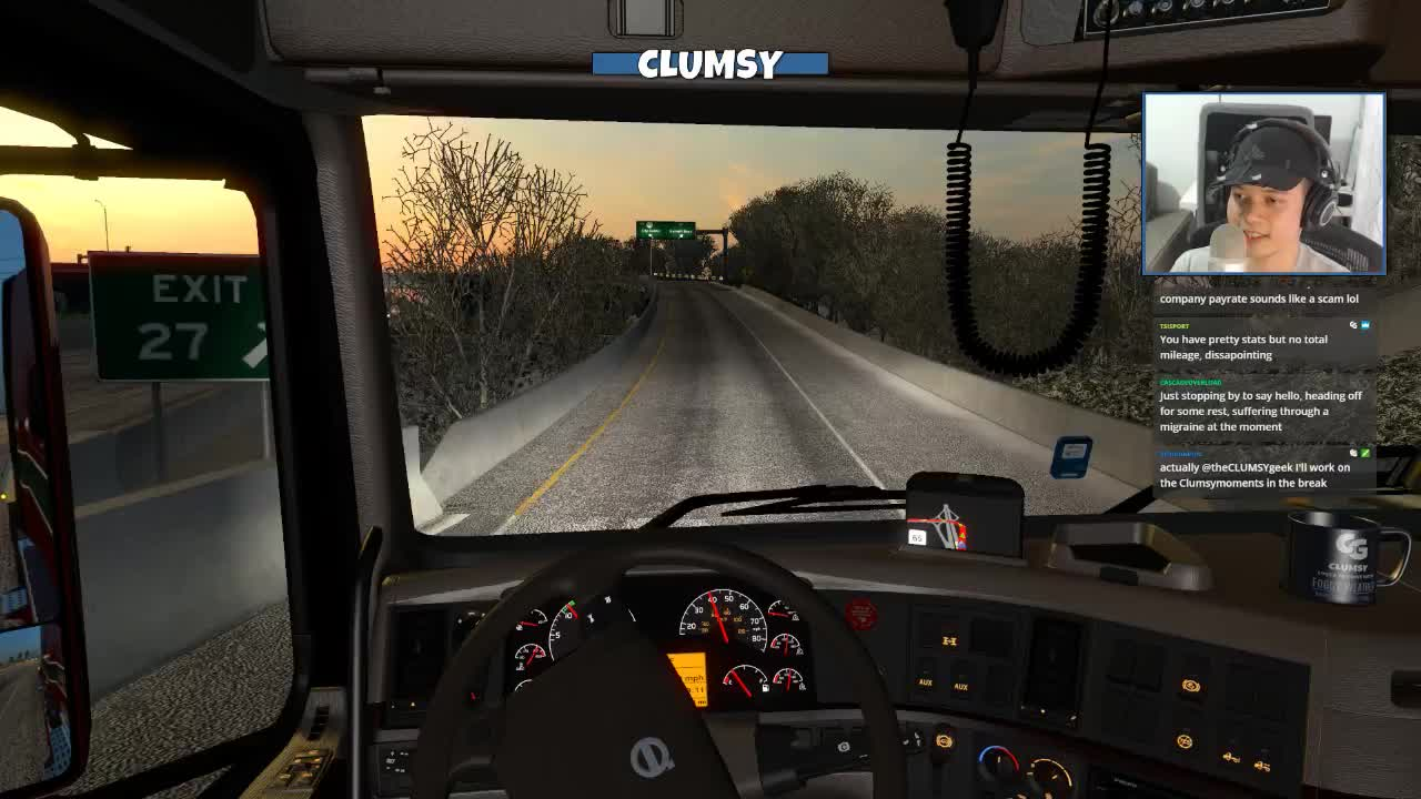 theCLUMSYgeek - he jumped the light!!!!!!!!! - Twitch