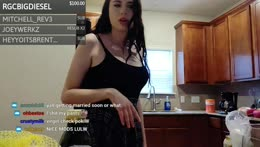scuffed cooking stream w Ms_Tricky & Erobb221 hehe