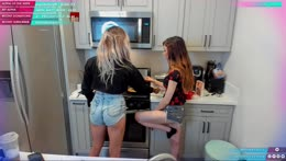 2 Girls 1 Measuring Cup/ Moon and Angel Cooking.