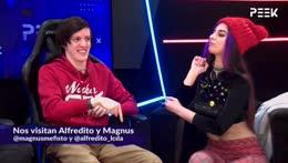 Alfredito y Magnus Mefisto con Valen y Lefede en vivo por Peek!
