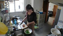 [Eng/中文/트수] 1 day 1 yuri's meal 手製Gyoza 餃子 만두 & tomato tofu soup