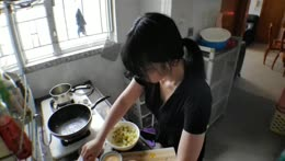 [Eng/中文/트수] 1 day 1 yuri's meal :  curry with yam korroke and shrimp temperas& durian
