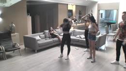 Elanur ve Gülce'nin bir Just Dance'i yok mu?| instagram.com/bigbosslayf