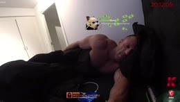 Shroud donates to Knut