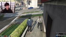 Sykkuno tried to rob a house