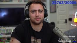 Mizkif sends Nick a pic