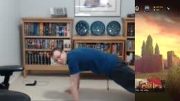 Matimi0 doing pushups #1