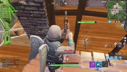 MY FIRST KILL IN FORTNITE: BATTLE ROYALE