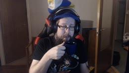 Thorlar drinks Coffee Close Up Kappa