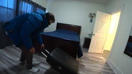 Donato sa učí skákať do postele