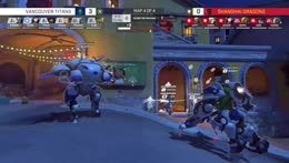 Stitch+clutches+out+with+Mcree