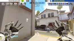 is+he+throwing