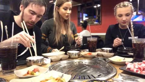 Asmongold (legendary chopstick equip) vs Rice (1v1) Skirmish