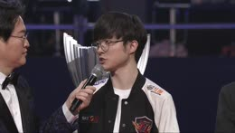 Don't cry Faker!!! :'(