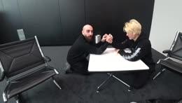 xQc vs. SlikeR Arm Wrestling