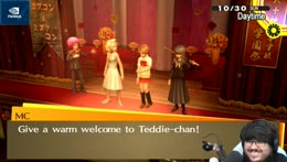 Queen Teddie enters the Stage
