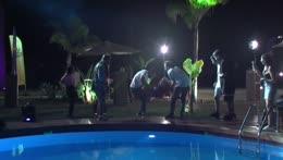 Fatihi Havuza Atıyorlar