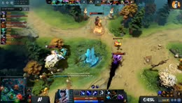 Centaur tries to escape 1v3 on top lane