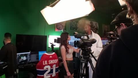 Kara roasted by Snoop!