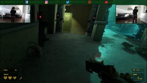Fighting headcrabs in Half-Life: Alyx, part 2
