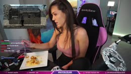 Nicole has saggy tits