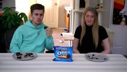 The two reactions to gross food