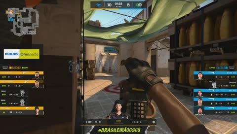 dav1d leva ambos os jogadores no clutch e garante pistol pra defesa