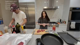 Rae scaring Sykkuno - Sykkuno cooking stream