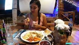 Floor food 😂