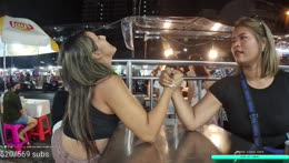 Arm wrestling... how it's done ???
