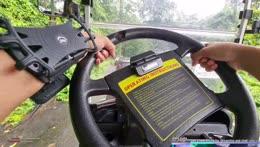 Be careful! *machine gun fire ensures* - Zoo karting - Khao Kheow Zoo - Pattaya