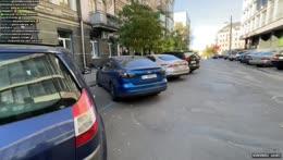Вот это классно и Стримснайпер хляньте - Walking around Kiev 😊 10/10/21
