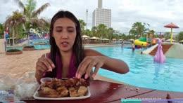 Bird keth trips off table - pattaya waterpark