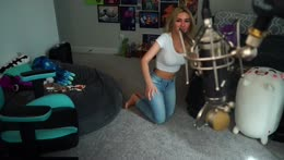 At Mizkifs house in Slicks room! IRL later!!!!!