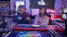 12/25/2018: playing some Comfy Christmas Carols with Lily :D