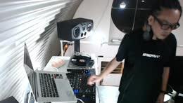 DJ AKi STREAM