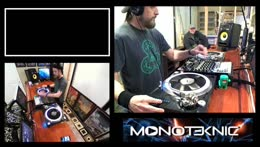 In+session+with+DJ+Monoteknic